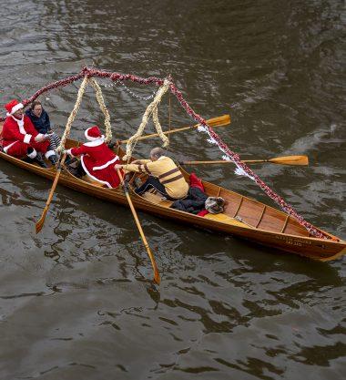 Carols on the Thames